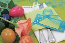 Easter dinner place setting [Image © unikat - Fotolia.com]