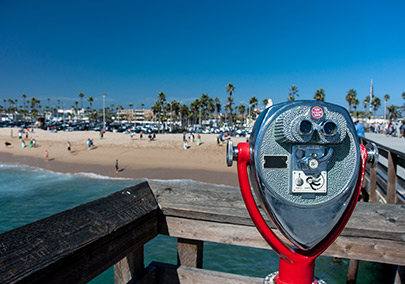Catching the sights in Newport Beach [Image © gabe9000c - Fotolia.com]